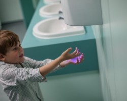 Why Are Hand Dryers Better Than Using A Traditional Towel?