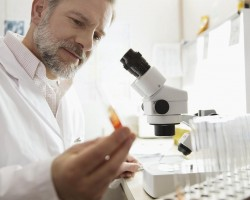Understanding The Right Way To Hire A Medical Laboratory Technician