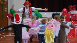 ntertainers For Childrens Parties Hire