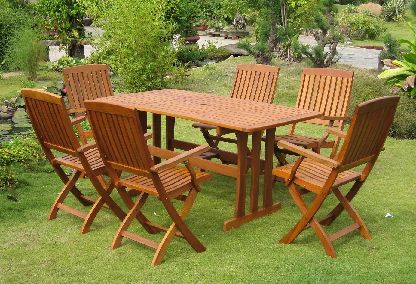 Enhance The Beauty Of Your Home With Teak Garden Benches | Esellweb Blog